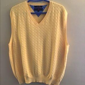 🇨🇦 NWOT Tommy Hilfiger sweater vest
